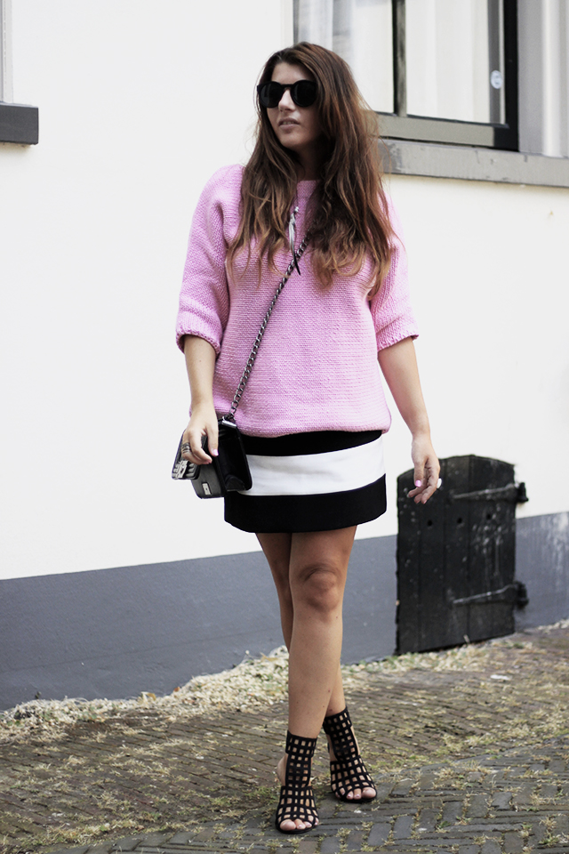 Pink sweater - stripes skirt - captive heels nelly27