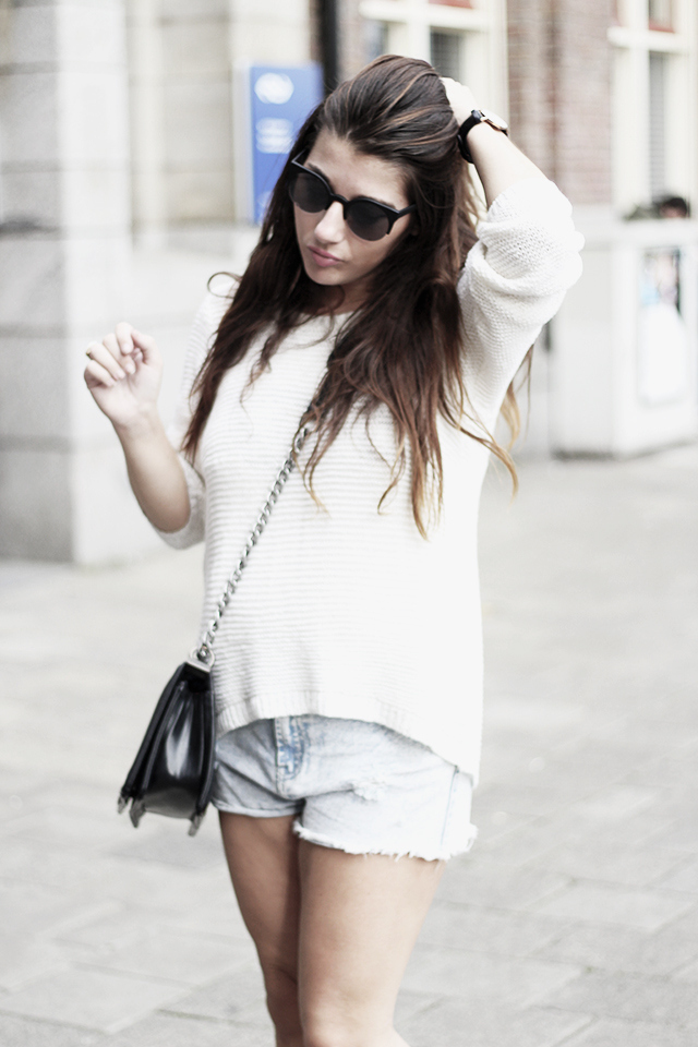 Sweater HM - Shorts Forever21 - Cut-out boots2