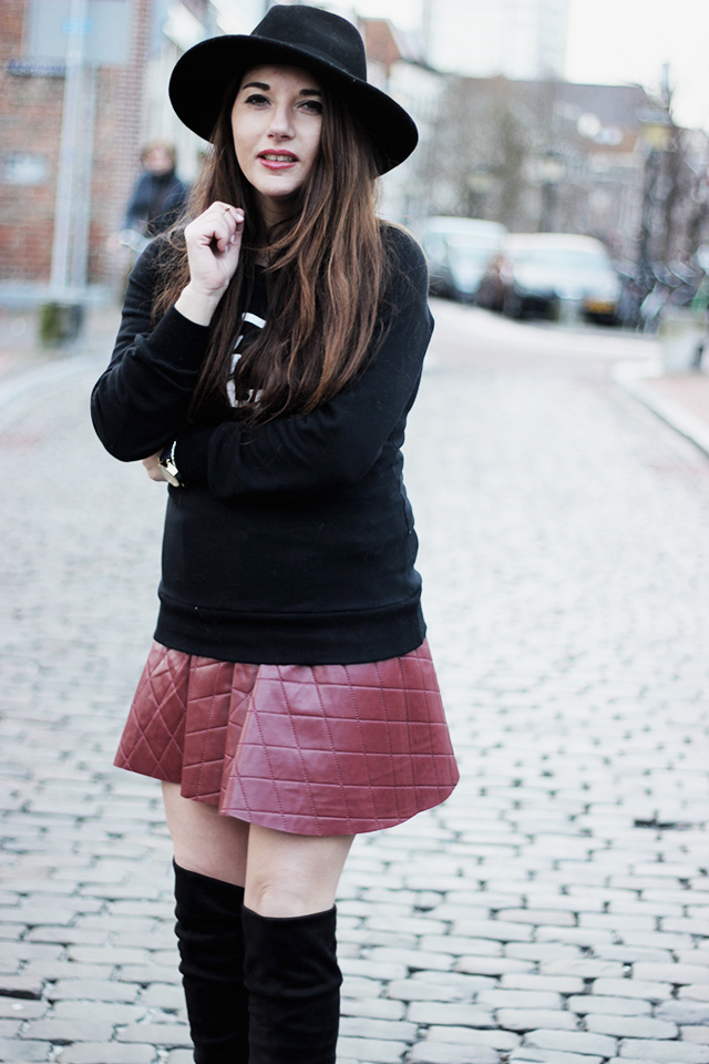 red skirt - chicwish - sweater - overknee boots zalando 3